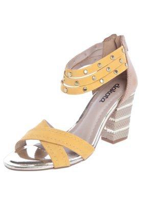 Sandália Dakota Salto Grosso X Pulseiras Amarela